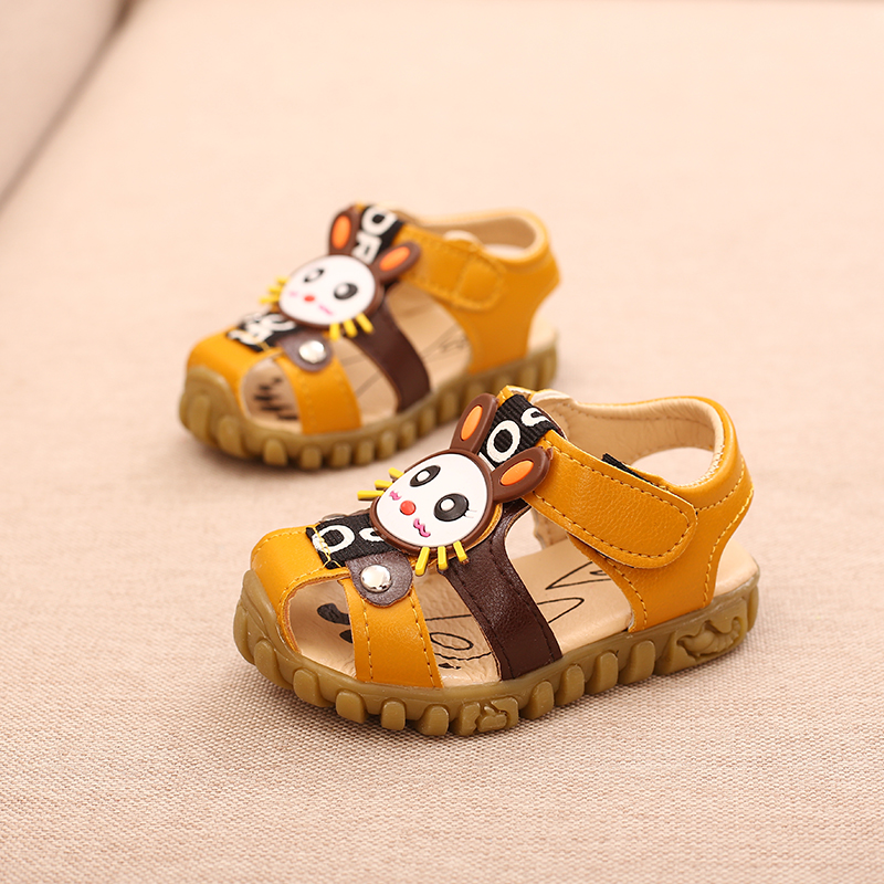 New Summer Adorable Cartoon Children Sandals New Cute Baby Vocal Shoes Boys Girls Cow Muscle Soled