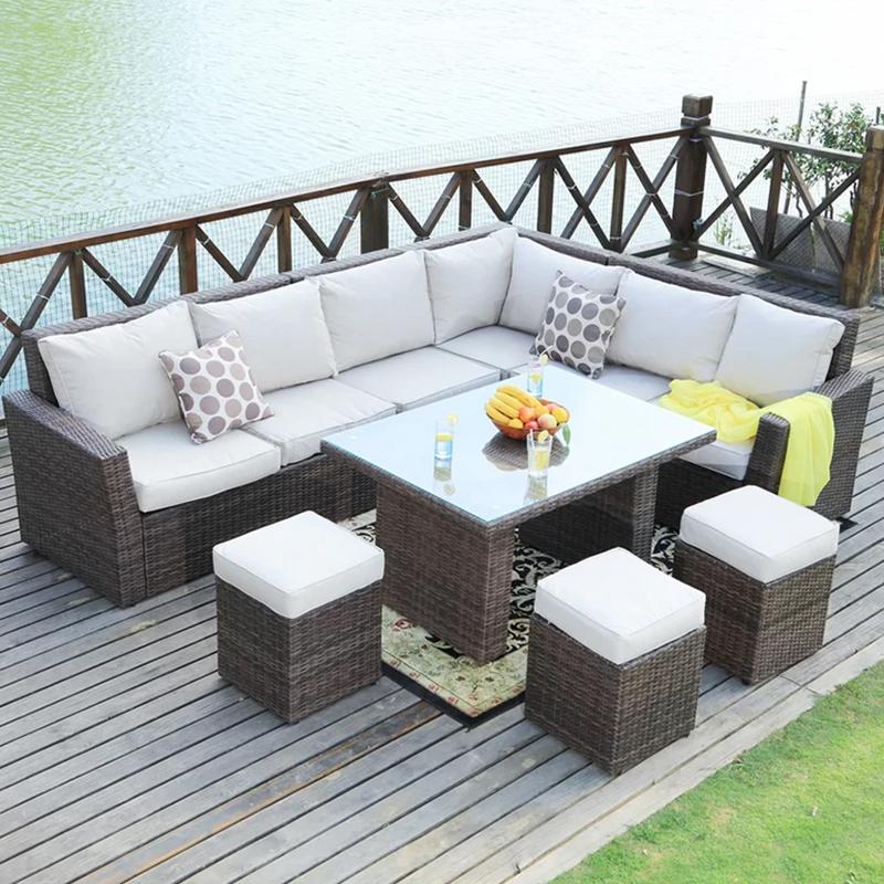 Современный диван из ротанга на заказ для сада и отдыха