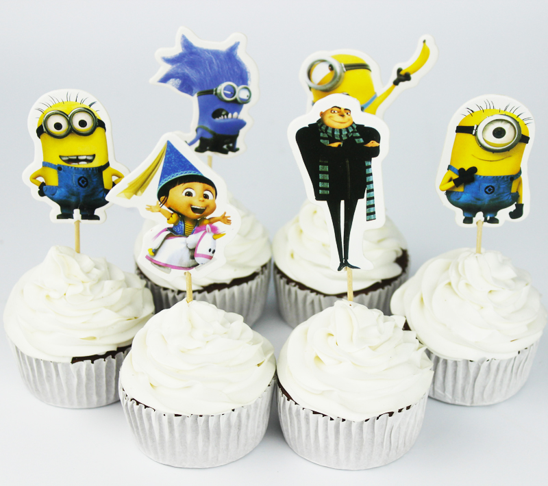 Despicable Me Minion Wedding Cake Topper