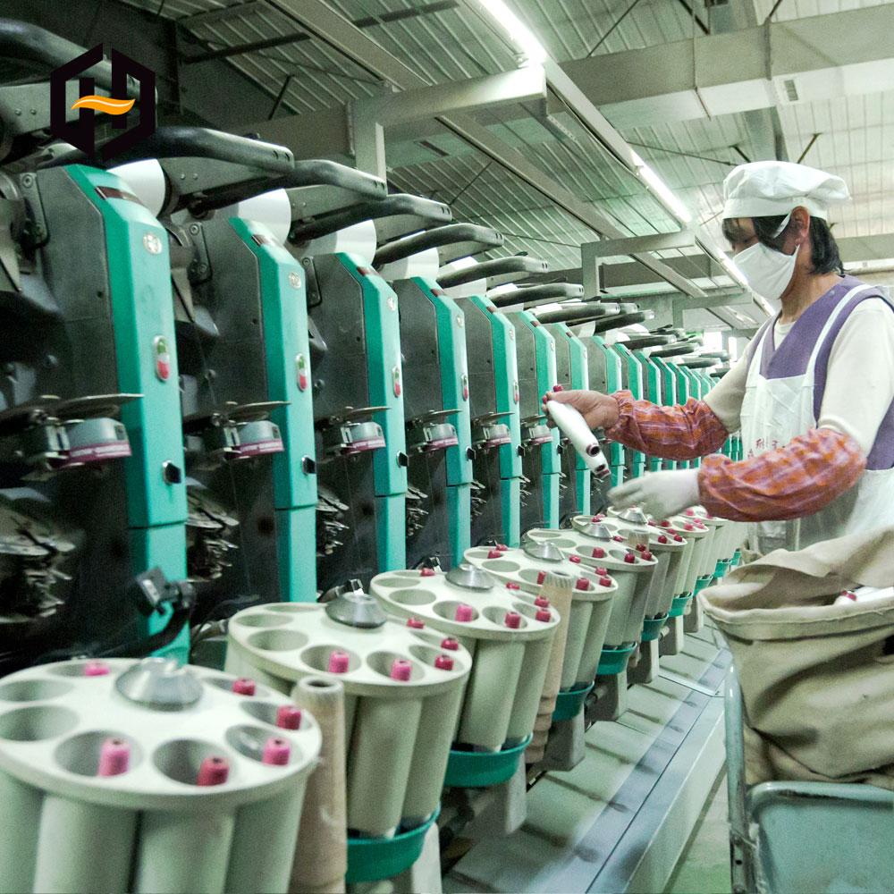 Китайский поставщик, заводская цена, переработанная 100% полиэфирная кольцевая пряжа 21s/1 для вязания, плетения и швейной нити