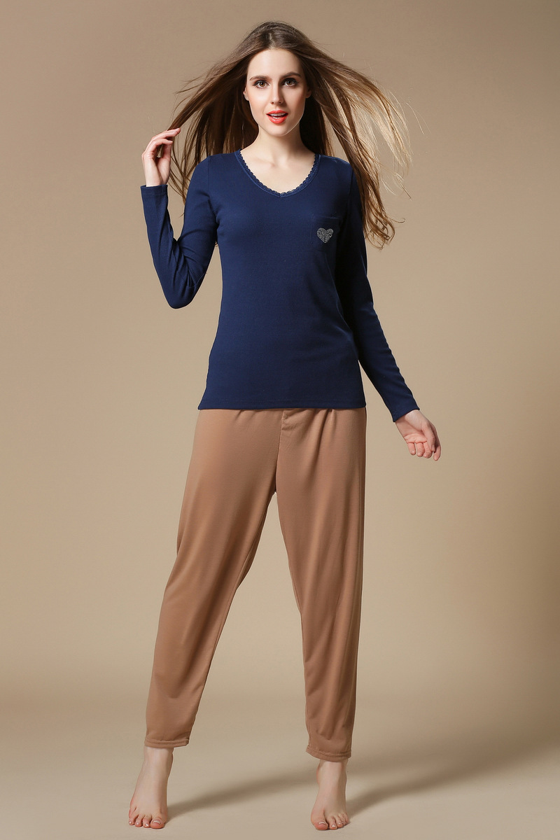 Shopping for women's loungewear is easy with such a great selection available. Whether you're looking for a specific article of clothing, or searching for the right piece for playing sports (running, walking, yoga or etc.), you're sure to .