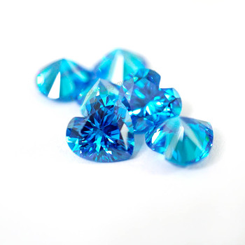 synthetic aquamarine blue cubic zirconia Heart cut loose gemstone blue gems