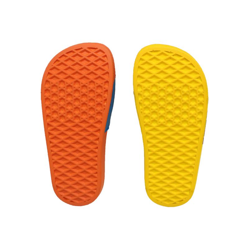 Новейшие пользовательские дизайнерские шлепанцы унисекс, толстые домашние Роскошные Шлепанцы из искусственной кожи для мальчиков и девочек с подошвой, симпатичная летняя детская обувь с героями мультфильмов