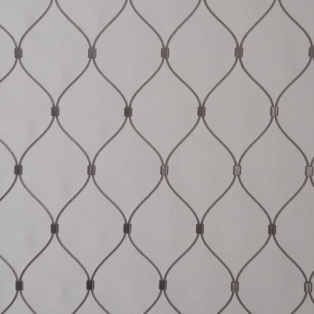Xingtong produce high tensile x-tend inox cable mesh be used as staircase safety net