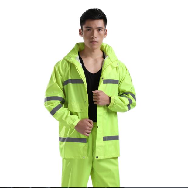 Low Price Motorcycle Men Raincoat best seller 2022 custom Adult Split Reflective Rain coat hoodie jacket pant set