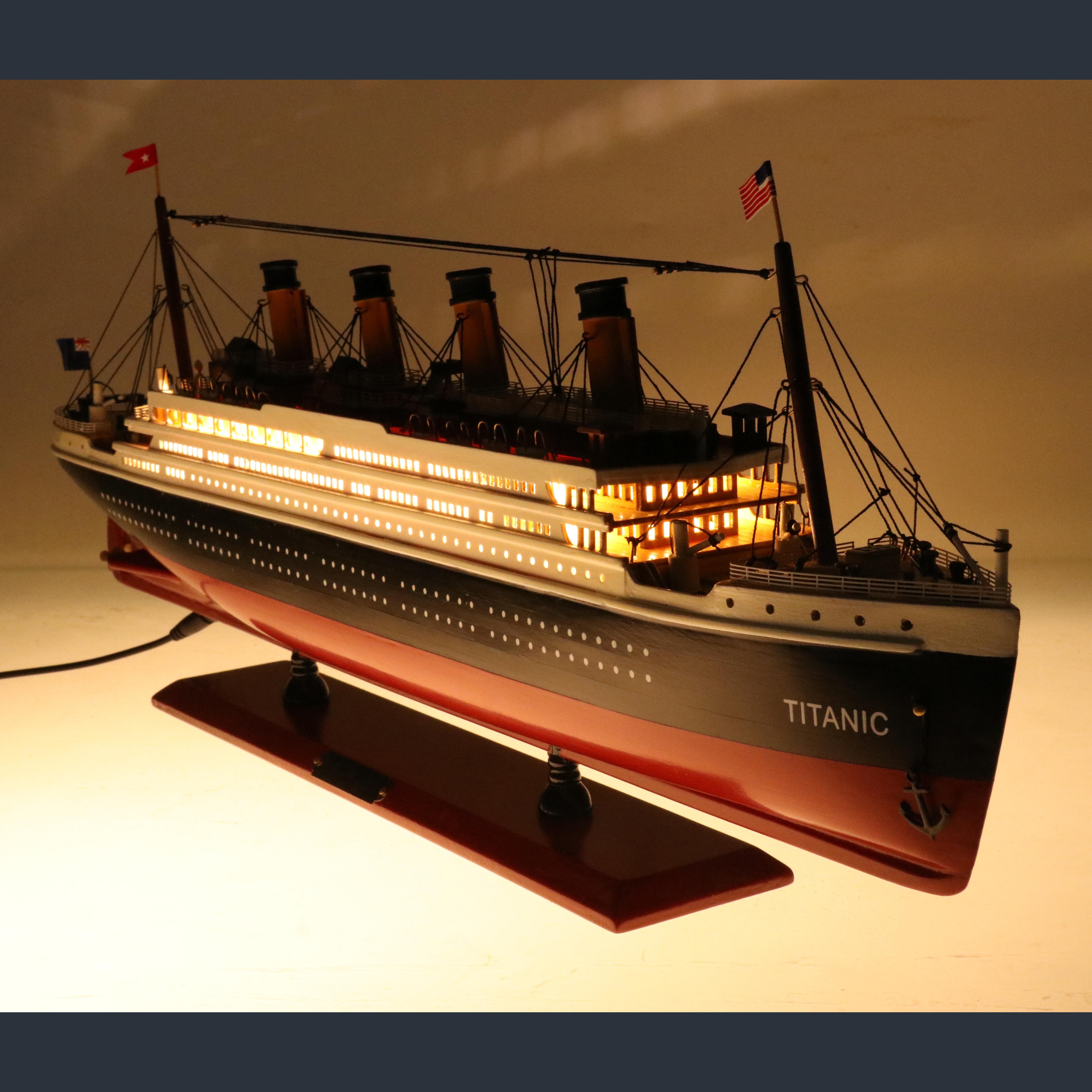 Оптовая продажа, модель круизного лайнера из титанического дерева, светодиодная подсветка, украшение для дома в морском стиле, мужской подарок, украшение на День отца