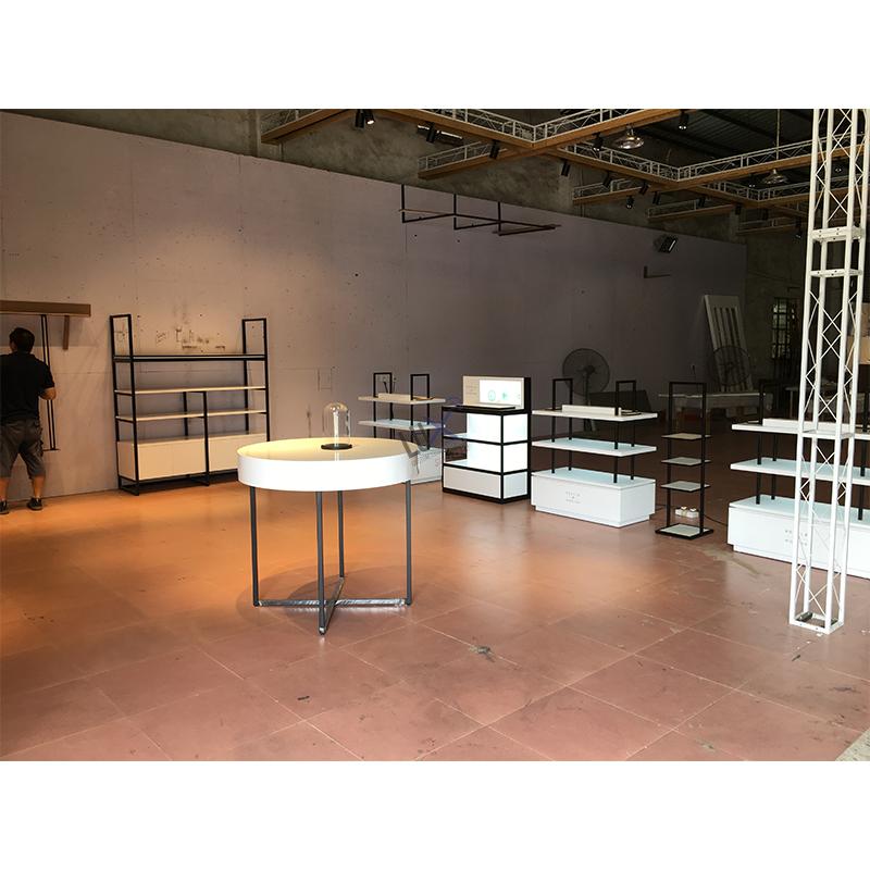 Люксовый дизайн, экономичная популярная современная металлическая Розничная полка магазина с дизайнерской витриной