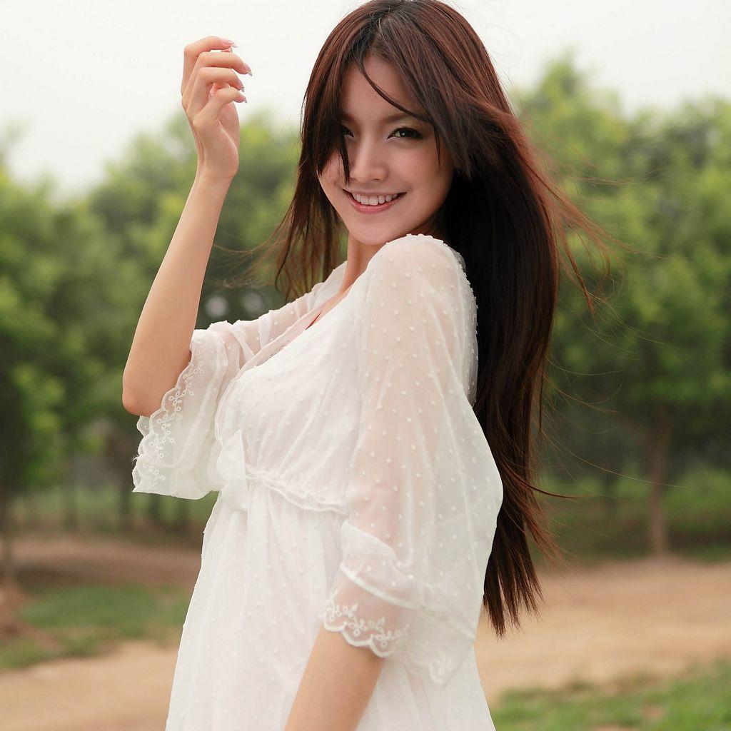 揭秘金俊秀女友泰妍 两人亲密照片大曝光