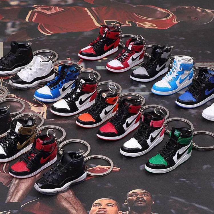 Wholesale 3d Plastic Air Jordan Shoes Sneaker Keychain With Mini ...