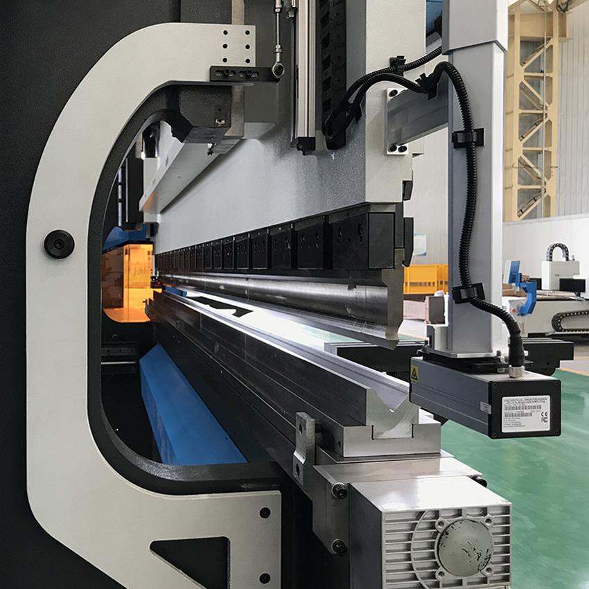 Accurl 6Axis Smart Fab Series DA66T CNC Hydraulic Press Brakes B60300