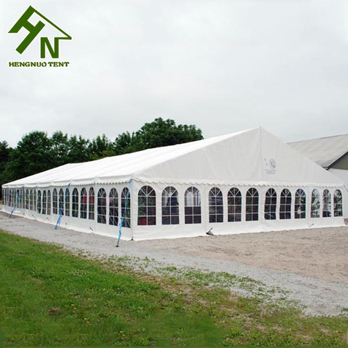 Роскошная большая палатка для свадебных торжеств на открытом воздухе в Гуанчжоу