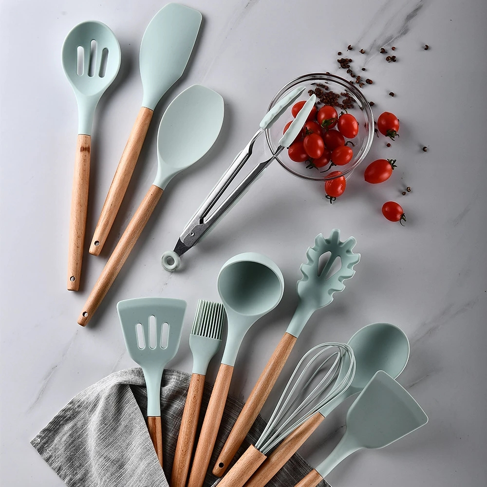 Amazon hot sale silicone kitchenware 12 pcs  silicone kitchen utensils set with wooden handle