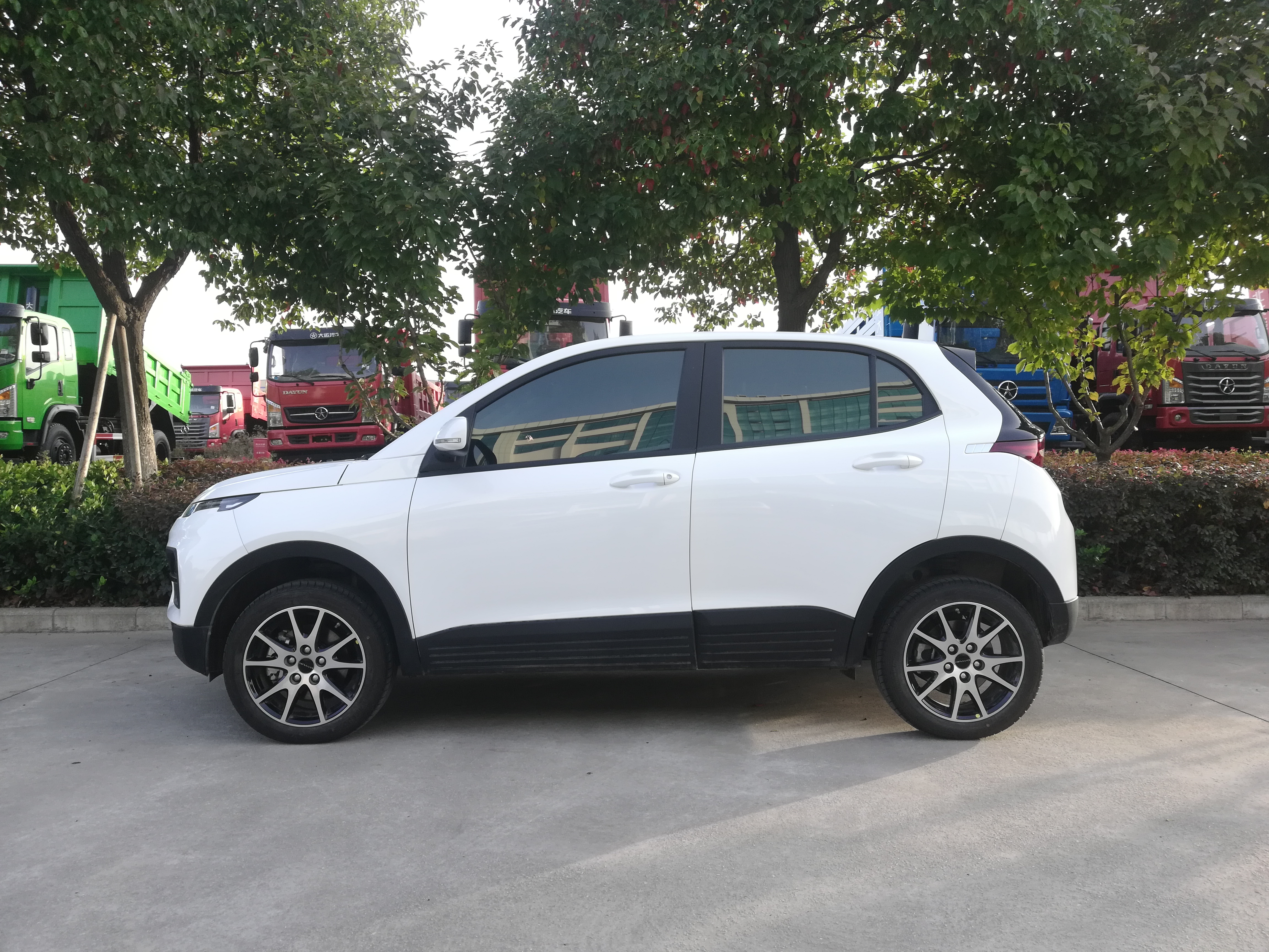 Новый дешевый внедорожник 4 двери 5 мест 4*4 AWD автоматический мини электрический внедорожник
