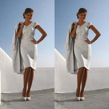 2020 Короткое серебряное Платье-футляр для матери невесты, v-образный вырез, Кружевная аппликация, рукава-крылышки, жакет, длина до колена, веч...(China)