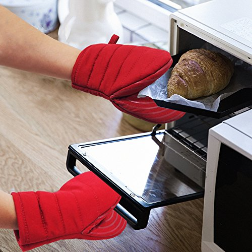 Heat Resistant silicone Mini Oven Mitts 2pk Kitchen Gloves to Protect Hands Non-Slip Grip- Ideal Set for Handling Hot Cookware