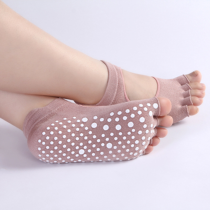 Custom Design Anti Slip open toe 5 toe Grip Ankle Knitted Yoga Socks Cotton Yoga Socks with Grip