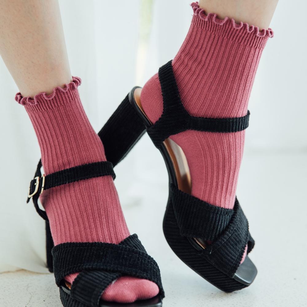 Funky pink ladies wholesale ruffle crew socks