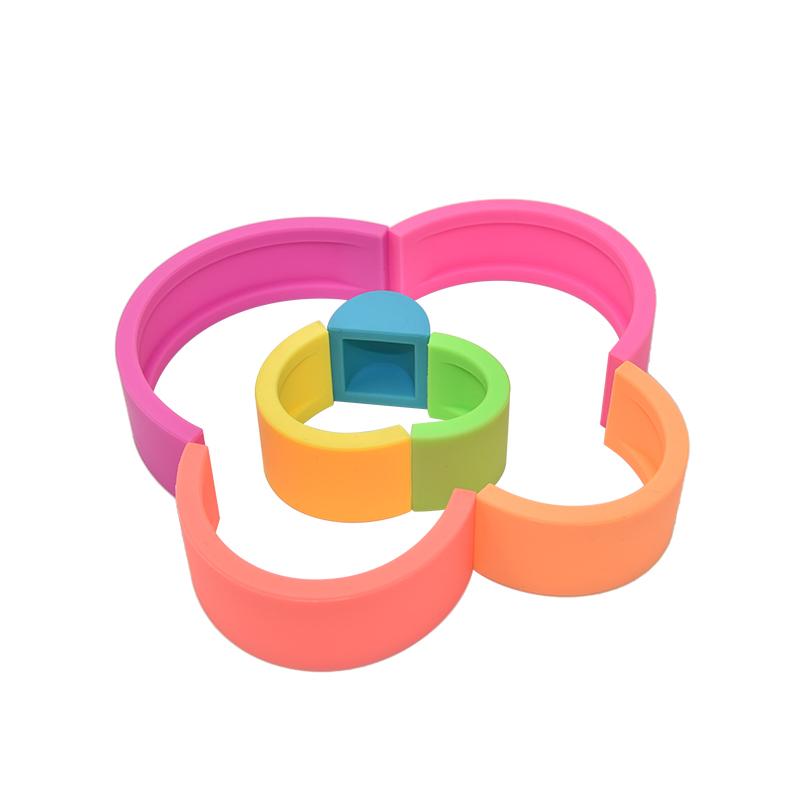 Новинка, силиконовые прорезыватели, 100% пищевого качества, Детские Bpa, Бесплатная продажа, развивающие игрушки для укладки