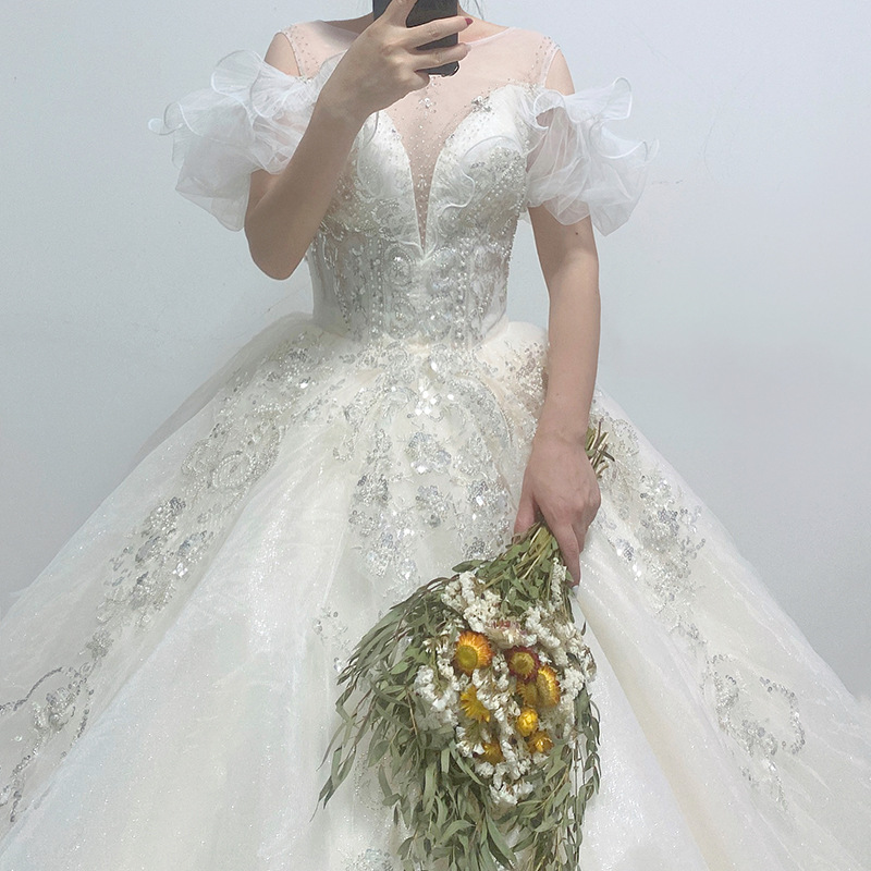 Pretty Long Lace Wedding Dress Plus Size Wedding Gown Vintage Women Fashion Casual PrintBride Floral Beach OEM Train