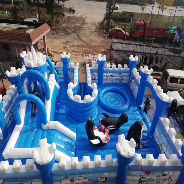 hot sale high quality dependable performance Inflatable castle Children's amusement park facilities