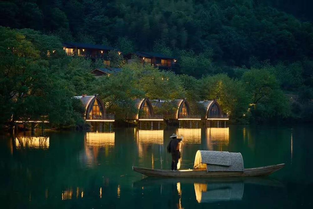 Prefabricated wooden mini hotel house arched shape boathouse