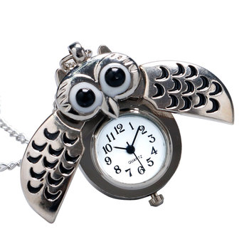Creative Antique Cute Silver Open Wings Design Quartz Pocket Watch Owl Shaped Fob Clock For Family