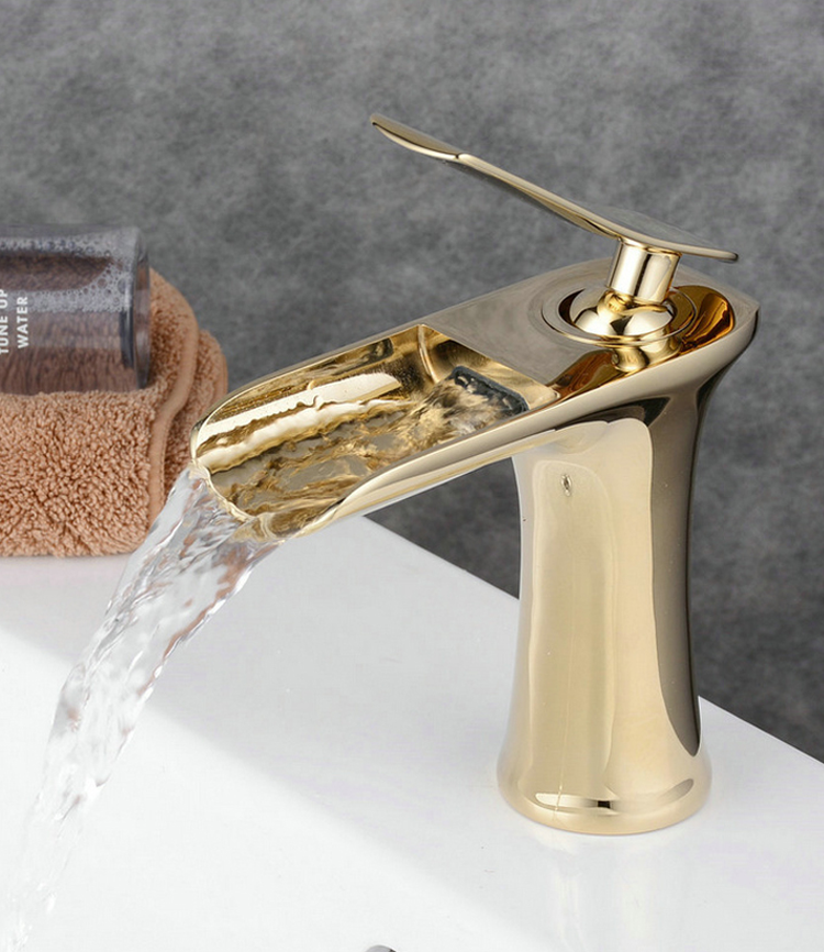 Golden Color Bathroom Brass Basin Taps Watefull Basin Faucet Taps