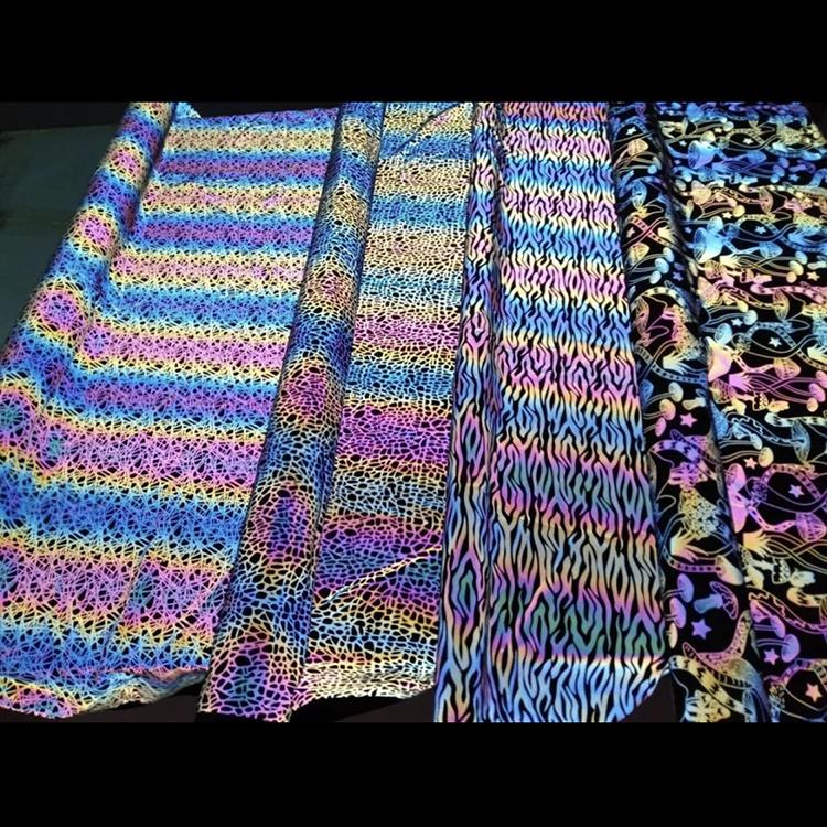 Оптовая продажа, куртка, стрейчевая ткань для одежды, модная тканая белая светоотражающая ткань