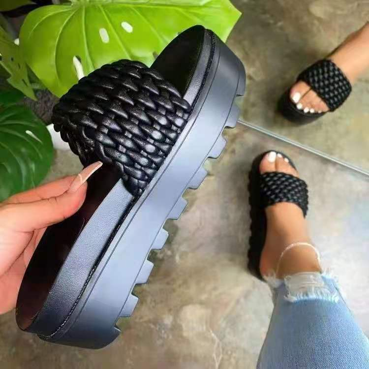 New design lot of China factory single shoes stock Thick bottom high quality top sell slipper casual walking height increasing