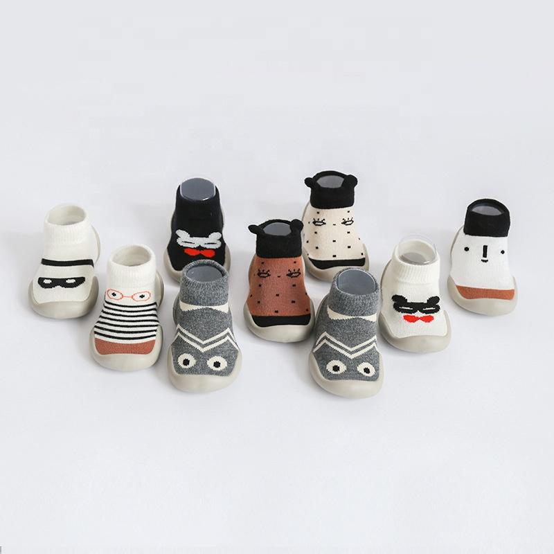 Новинка весны и летняя одежда с героями мультфильмов; На резиновой подошве; Нескользящие носки-Тапочки хлопковые носки для детей; Обувь для детей ясельного возраста От 0 до 3 лет