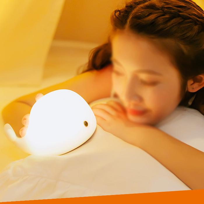 Рождественский светодиодный ночник YJC1038 в форме Кита из ПВХ