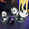 Лежа панда