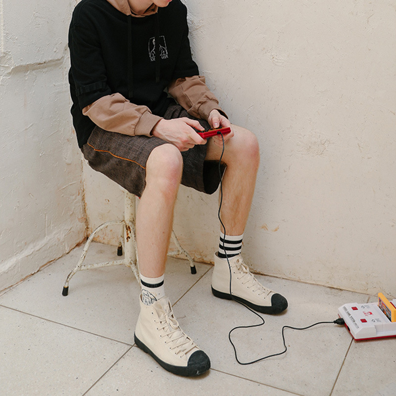 Bulk wholesale performance black white stripes athletic cotton ribbed socks crew sport sock mens socks custom logo