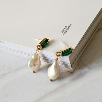 Large Baroque Pearl Drop Earrings for Women Geometric Genuine Freshwater Pearl Earrings Green Crystal Drop Earrings