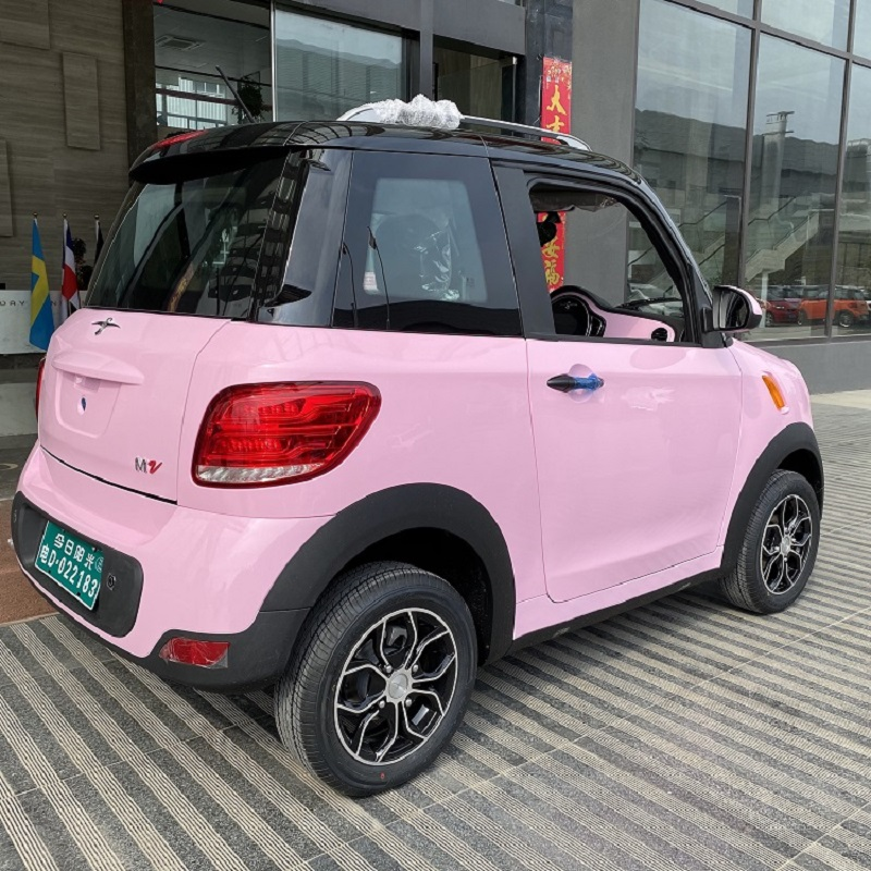 comfortable 4 seats electric car with EEC