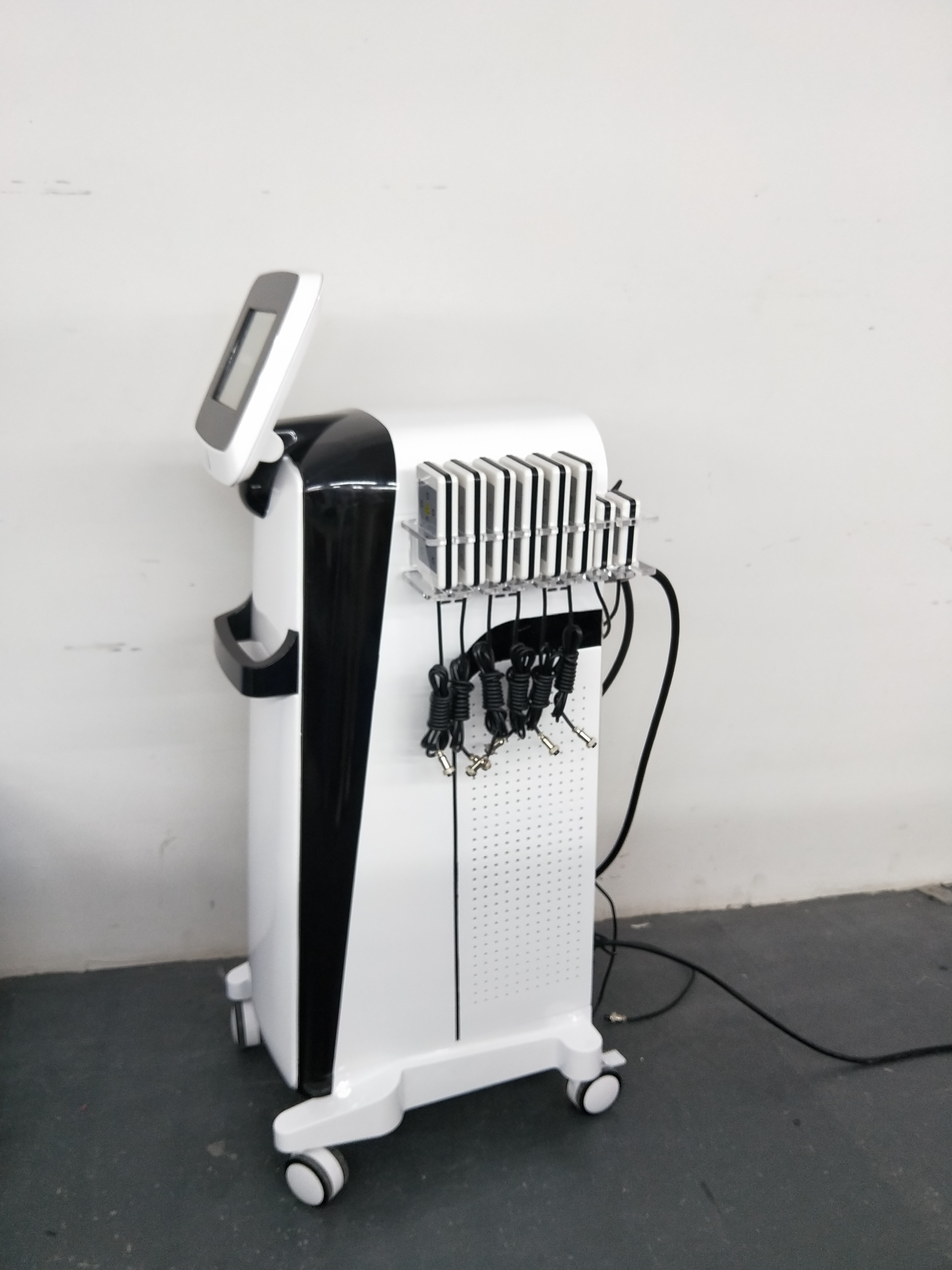 Factory Laser Cavitation Fat System LS650 Weight Loss Machine RF Skin Rejuvenation