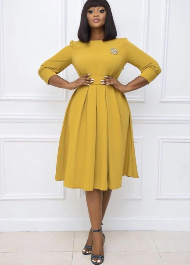 3 / 4 рукав плиссированные юбки средней длины сплошной цвет Slim Fit женское платье больших размеров