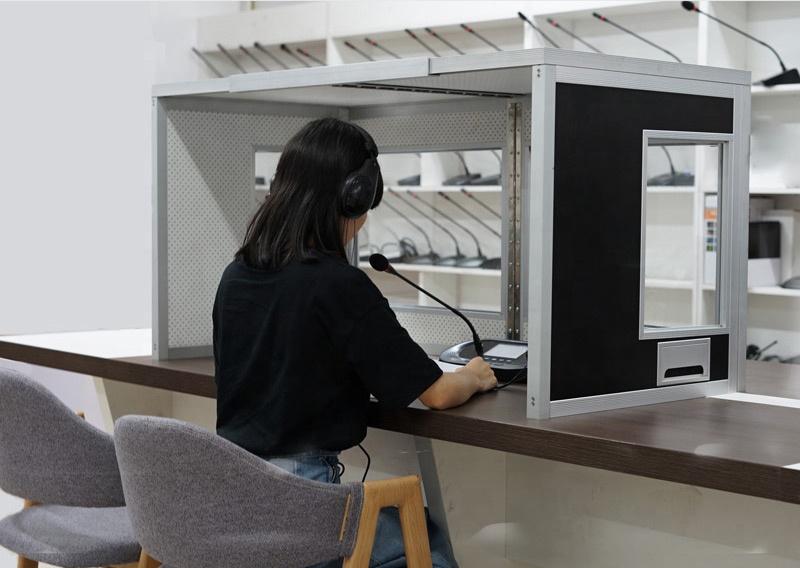 Самая легкая стенд для одновременного переводчика, Настольный стенд для переводчика YP46, конференц-стенд