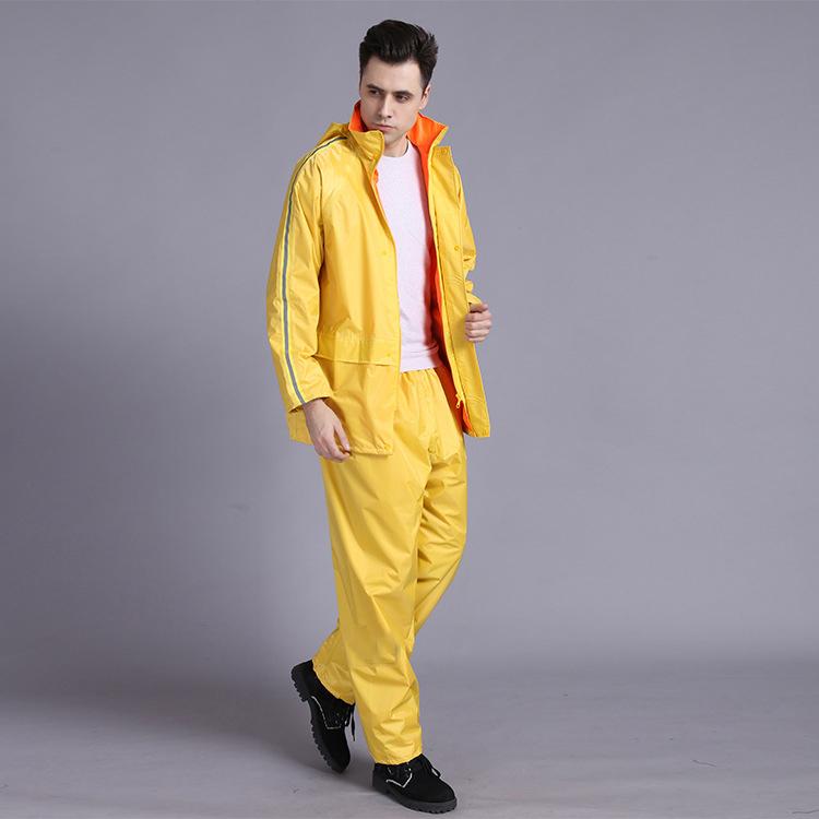 Wholesale Adult Thicken rainwear rain overalls with Reflective strip rain jackets set and pants waterproof Polyester rain suit