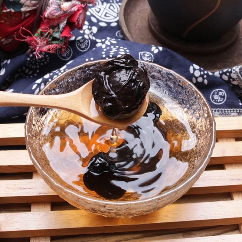 Китайские сушеные фрукты Wu mei из копченой темной сливы