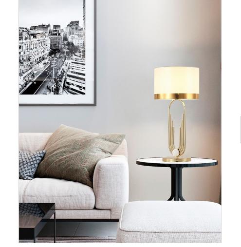 Современная роскошная граненая угловая столешница, Хрустальная настольная лампа для отеля, дома, гостиной, украшение для стола с белым абажуром