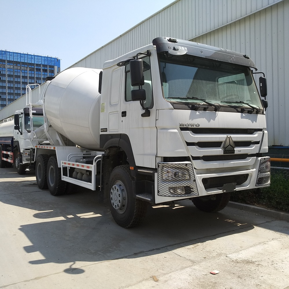 Bottom price used mixture truck HOWO 12 cubic 14cubic 16 cubic meter concrete mixer truck for sale