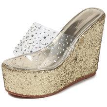 На танкетке; Босоножки на высоком каблуке женские шлёпанцы для женщин высокие Высокая платформа Тапочки Стразы обувь на плоской подошве; Же...(Китай)
