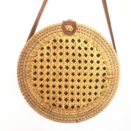 Пляжные сумки из ротанга для женщин 2020, дорожные сумки-мессенджеры, соломенная сумка на плечо, богемные бамбуковые Полые сумки с бантом(Китай)