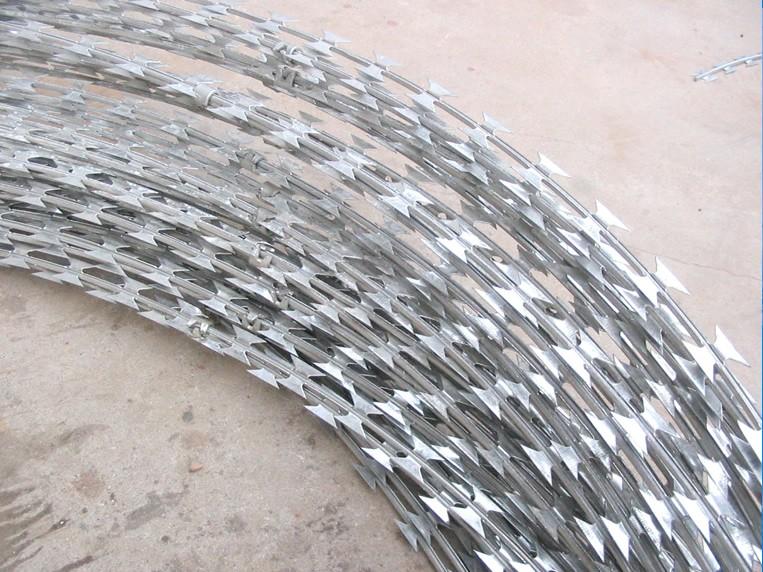 Проволока Kenya, горячая оцинкованная колючая проволока, колючая проволока стальная проволока Одиночная бритва