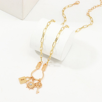 Fashion Hip Hop Statement Link Chain Lock And Key Pendant Necklace Jewelry For Women