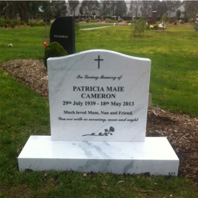Modern Style Hand Carved Natural Granite Headstone with Vase