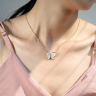 Shell Necklace QIANZUYIN Custom Jewelry Fashion Design Zircon Shell Pearl Rhinestone Pendant Butterfly Necklace