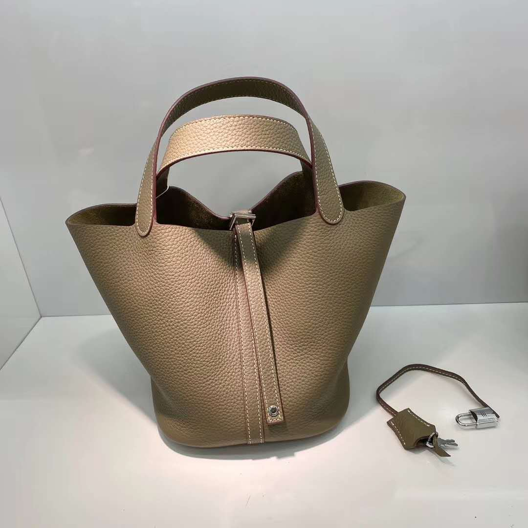 Factory Direct Imported First Layer Cowhide Basket Bag 2021 New Soft Leather Bucket Bag Fashion Lady Handbag