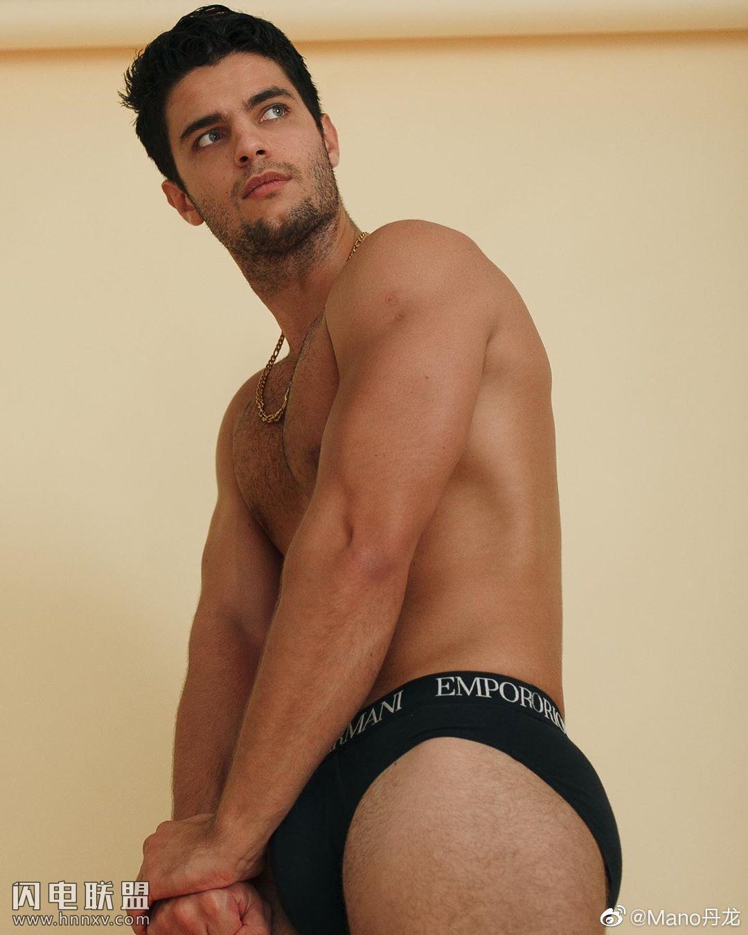欧美肌肉男模帅哥海边性感文艺内裤写真第11张